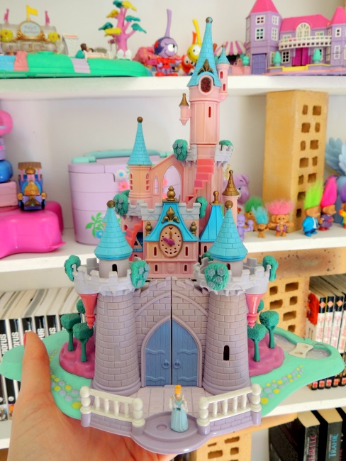 Chateau de Cendrillon Polly Pocket